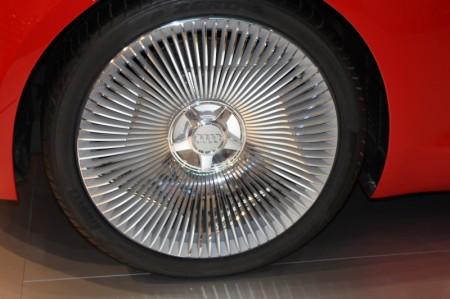 Audi R8 e-tron Reifen Felgen Studie