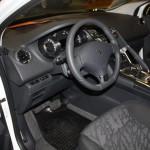 Motomotion Peugeot 3008 Hybrid Innenraum