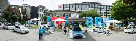 Toyota Hybrid Roadshow Auftakt Mönchengladbach Rheydt