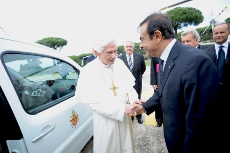 Renault Kangoo Maxi Z.E. Übergabe an Papst Benedikt XVI