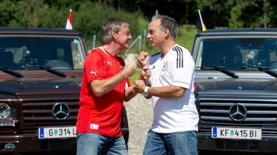 WM Qualifikation Österreich Deutschland Hansi_Mueller_und_Walter_Schachner_im_Duell