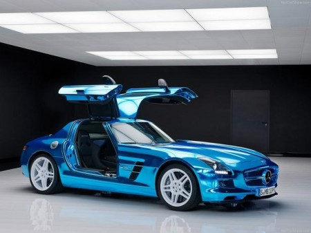 Mercedes-Benz-SLS-AMG-Electric-Drive Blue