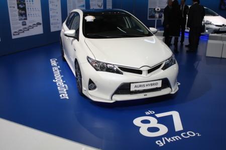 Vienna Autoshow 2014 Toyota Auris Touring Sports Hybrid