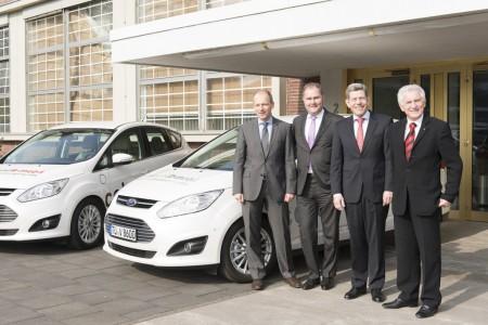 Elektromobilität Ford und TÜV Rheinland