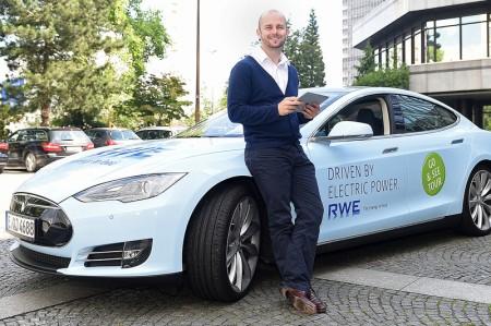 RWE-Go-See-Tour-2014-Tesla-Model-S
