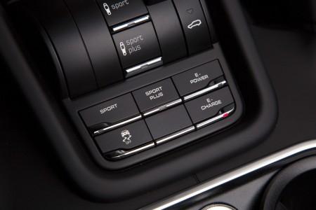 Porsche Cayenne S E-Hybrid Innenraum
